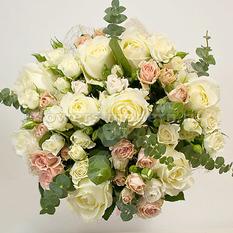 Букет Б134 из классических и кустовых роз