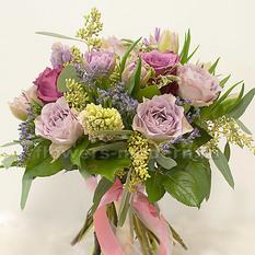 Букет Б141 с весенними цветами