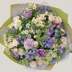 Букет Б203 из весенних цветов