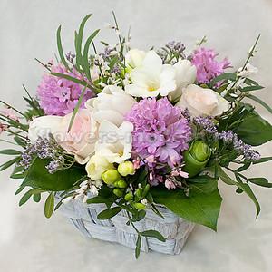 Композиция К094 с весенними цветами