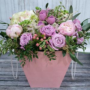 Коробка с цветами К182