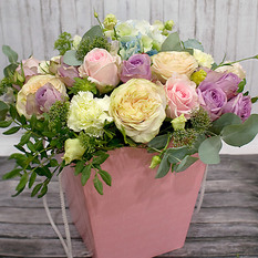 Коробка с цветами К195
