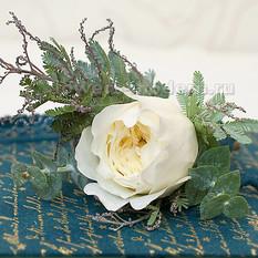 Бутоньерка С073 с пионовидной розой
