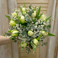 Букет невесты С080 из тюльпанов