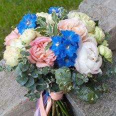 Букет С089 с пионовидными розами и пионами