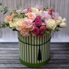 Коробка с цветами К245