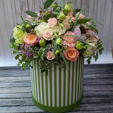 Коробка с цветами К248