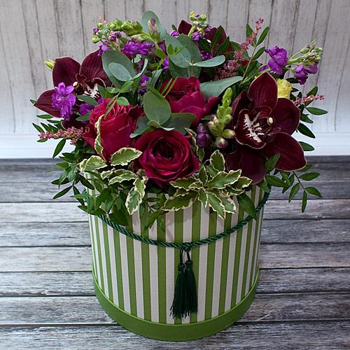 Коробка с цветами К249