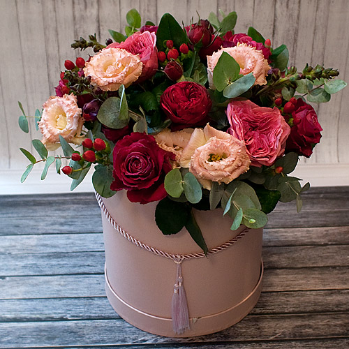 Коробка с цветами К258